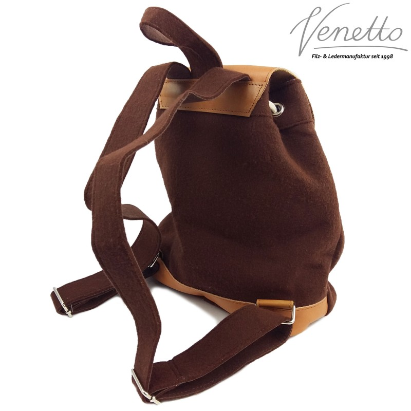venetto hersteller rucksack aus filz und leder f r damen. Black Bedroom Furniture Sets. Home Design Ideas