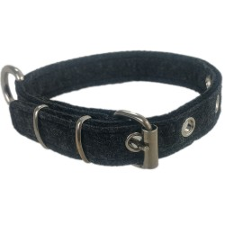 Collar made of felt for small and large dog breeds