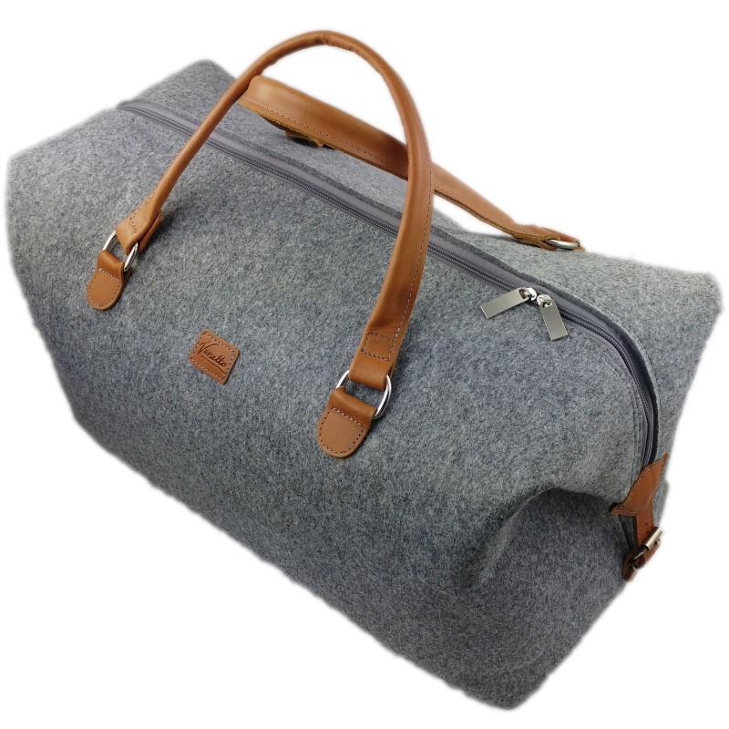 fa449c5c49de1 Neue Tasche für Sport oder Fitnessstudio  Muss es immer Nike oder ...